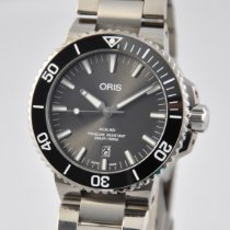 Oris Aquis Titanium Date Titanio 43.5mm Gris Sin cifras