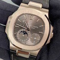 Patek Philippe Nautilus White gold 40mm Grey No numerals United States of America, New York, Manhattan