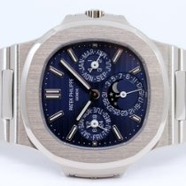 Patek Philippe 5740/1G-001 White gold 2020 Nautilus 40mm pre-owned