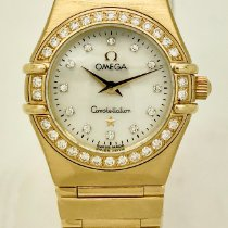 Omega Constellation Ladies Yellow gold 23mm Mother of pearl No numerals