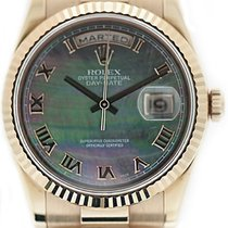 Rolex Day-Date 36 Rose gold 36mm Mother of pearl Roman numerals