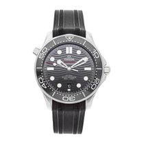 Omega Seamaster Diver 300 M 210.32.42.20.01.001 pre-owned