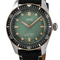 Oris Divers Sixty Five Steel No numerals United States of America, New York, Brooklyn