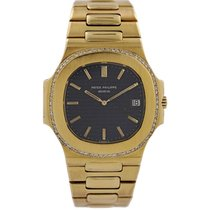 Patek Philippe Yellow gold Quartz No numerals 27mm pre-owned Nautilus