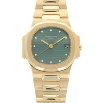 Patek Philippe 3800/1 Yellow gold 1984 Nautilus 37.5mm pre-owned United States of America, California, Beverly Hills