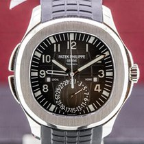 Patek Philippe Aquanaut pre-owned 40mm Black Date Year GMT Rubber