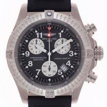 Breitling Avenger nuevo 2009 Cuarzo Cronógrafo Reloj con estuche y documentos originales E 7336009 / M507