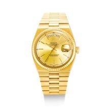 Rolex Day-Date Oysterquartz Oro amarillo Champán