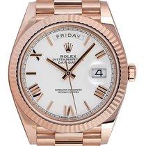 Rolex Day-Date 40 Aur roz 40mm Alb