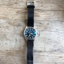 IWC Pilot Mark IW327001 pre-owned
