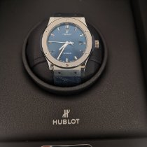 Hublot Classic Fusion Blue pre-owned Blue Date Fold clasp