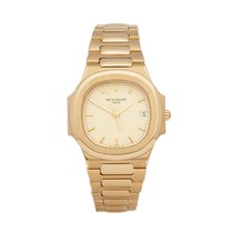 Patek Philippe 3900/1 Yellow gold 1990 Nautilus 33mm pre-owned
