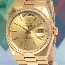 Rolex Day-Date Oysterquartz pre-owned 36mm Champagne Yellow gold