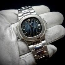 Patek Philippe Nautilus White gold 37,5mm Black No numerals