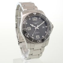 Longines L3.781.4 Steel 2019 HydroConquest 44.5mm pre-owned