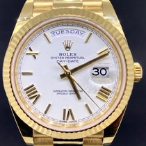 Rolex Day-Date 40 Or jaune 40mm Blanc Romains