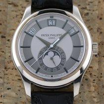 Patek Philippe Annual Calendar 5205G-001 Nagyon jó Fehérarany 40mm Automata
