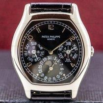 Patek Philippe Perpetual Calendar Vitguld 35mm Svart Arabiska