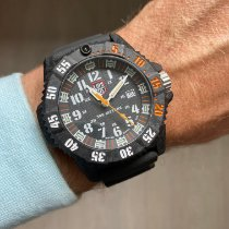 Luminox Carbone 46mm Quartz XS.3801 nouveau