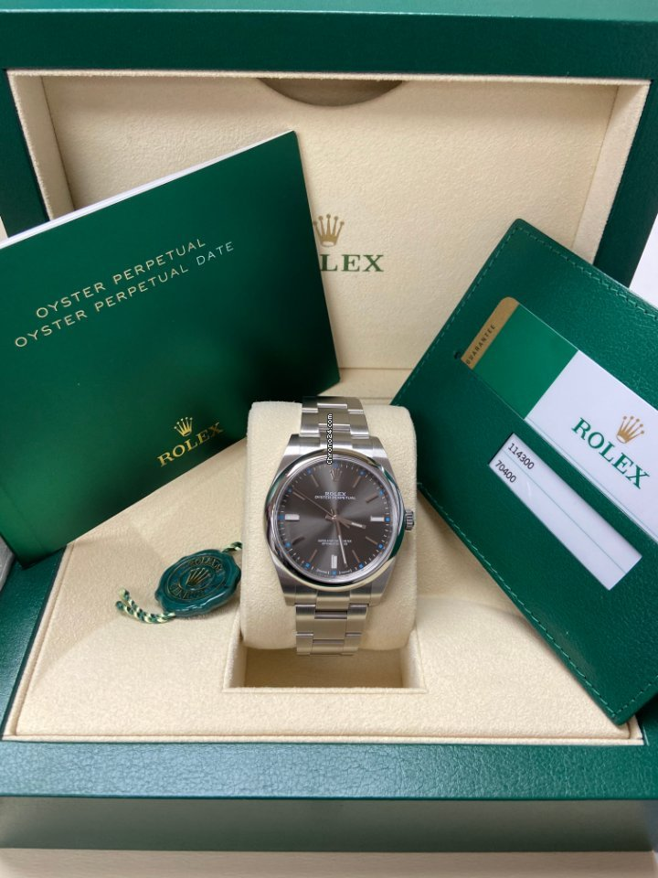 Rolex Oyster Perpetual 39 114300 2020 new