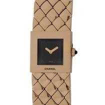 Chanel Yellow gold Quartz Black pre-owned