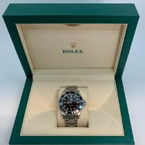 Rolex Submariner (No Date) 14060M 2004 pre-owned