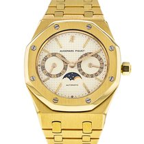 Audemars Piguet Royal Oak Day-Date Yellow gold 36mm White No numerals United States of America, Illinois, Chicago