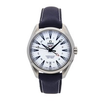 Omega Seamaster Aqua Terra pre-owned 43mm White Date GMT Textile