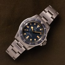 Tudor Submariner Steel 40mm Blue No numerals United States of America, New York, brooklyn