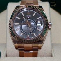 Rolex Sky-Dweller Or rose 42mm Gris Romains