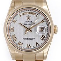 Rolex Day-Date 36 Or jaune 36mm Blanc Romains