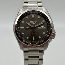 Seiko 5 Sports new 2020 Watch with original box and original papers SRPE51K1