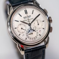 Patek Philippe Perpetual Calendar Chronograph White gold 41mm White No numerals
