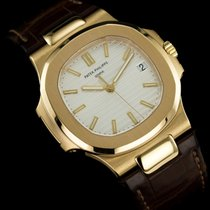Patek Philippe 5711J-001 Yellow gold 2009 Nautilus new