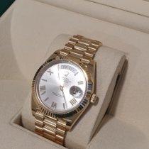 Rolex Day-Date 40 Oro amarillo 40mm Blanco