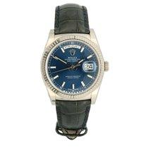 Rolex Day-Date 36 tweedehands 36mm Blauw Datum Krokodillenleer