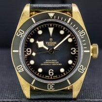 Tudor Black Bay Bronze 43mm Arabic numerals United States of America, Massachusetts, Boston