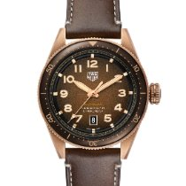 TAG Heuer Autavia Bronze 42mm Brown Arabic numerals United States of America, Pennsylvania, Philadelphia