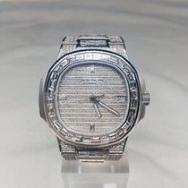 Patek Philippe 5711/1A-010  18k gold customized full diamond Acier Nautilus 40mm occasion