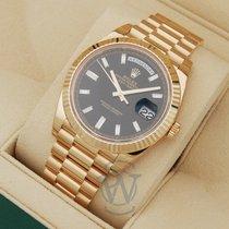 Rolex Day-Date 40 Gult guld 40mm Sort