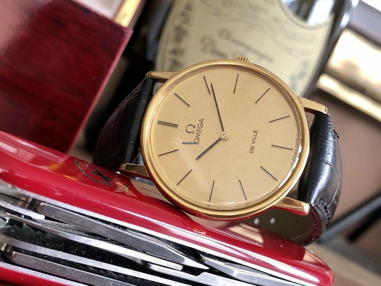 Omega De Ville 32mm Mens vintage Mechanical Hand Winding Gold watch + black leather and box