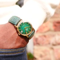 Omega Genève Yellow gold Green