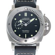 Panerai Luminor Submersible 1950 3 Days Automatic PAM 305 2010 pre-owned