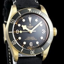 Tudor Black Bay Bronze new Automatic Watch with original box and original papers 79250BA