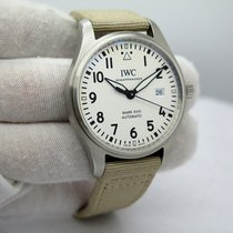 IWC Pilot Mark IW327002 pre-owned