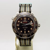 Omega Seamaster Diver 300 M Titane 42mm Brun Sans chiffres