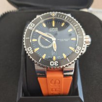 Oris Aquis Small Second pre-owned Black Date Rubber
