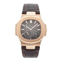 Patek Philippe 5712R-001 Rose gold Nautilus 40mm pre-owned United States of America, Pennsylvania, Bala Cynwyd