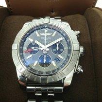 Breitling Chronomat 44 GMT Stahl 44mm Grau