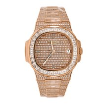 Patek Philippe Nautilus Rose gold 40mm Pink No numerals United States of America, New York, New York
